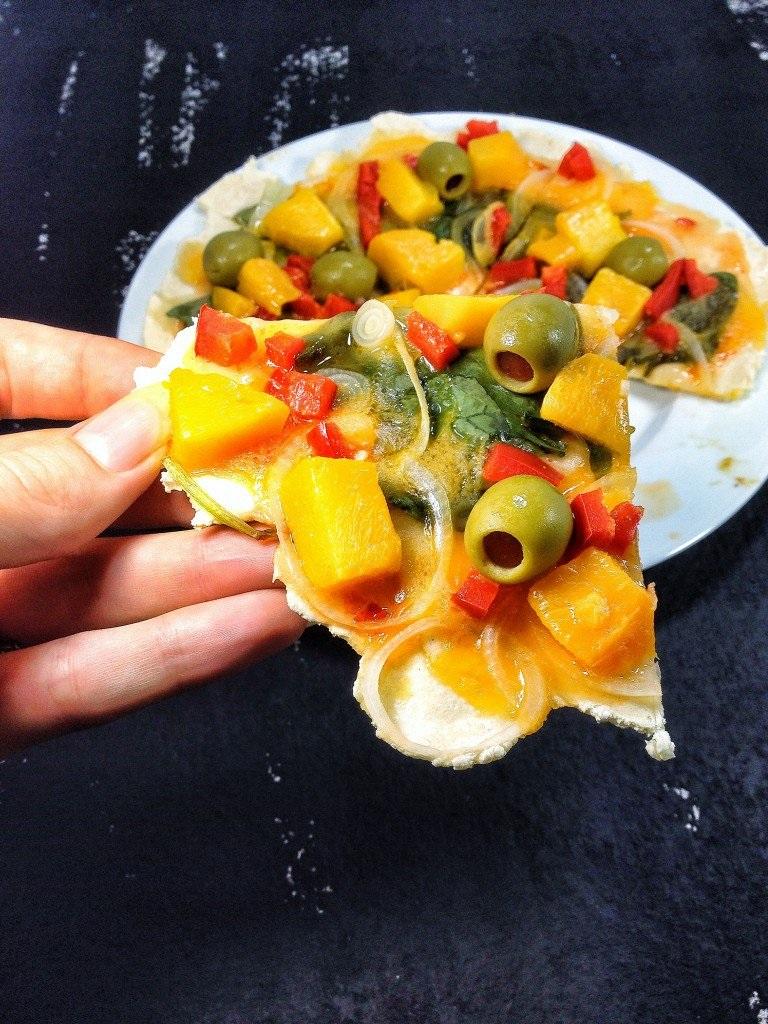 Mango Pan Pizza