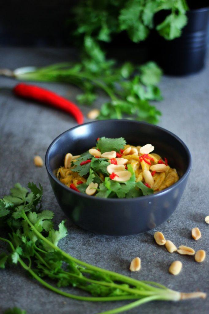 Spicy peanut noodles | Vie de la vegan